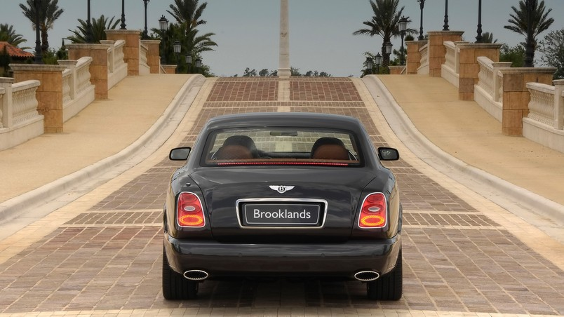 Bentley Brooklands Rear 2008 wallpaper