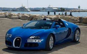 Bugatti Veyron 16.4 Grand Sport in Cannes 2010 - Front And Side 2 wallpaper