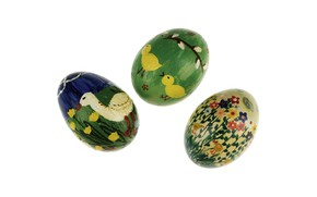 Green Easter eggs wallpaper