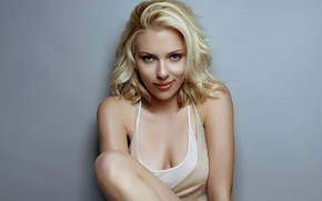 Scarlett Johansson Sensual