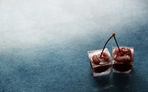 Cherries in Ice wallpaper
