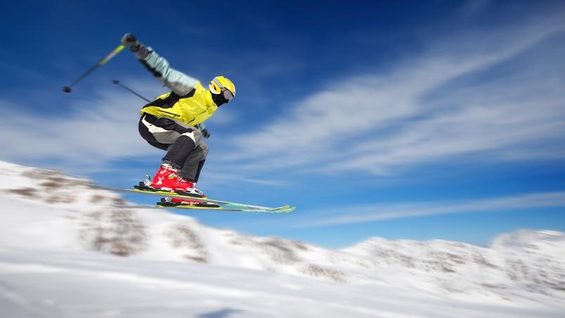 Extreme Skiing Wallpaper: Extreme Skiing HD Wallpaper