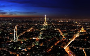 Nigh in Paris wallpaper