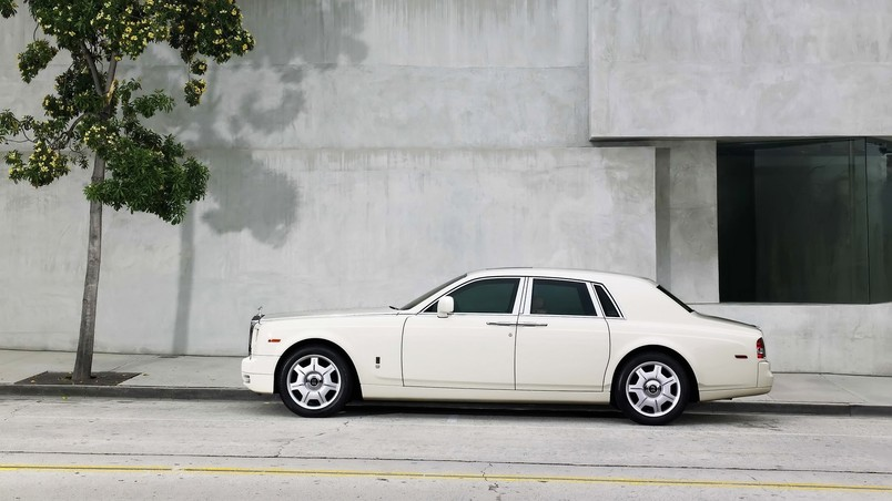 Rolls Royce Phantom 2009 wallpaper
