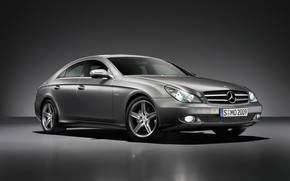 Mercedes Benz CLS 2009 wallpaper