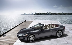 Maserati GranCabrio 2010 Side Angle Dock wallpaper