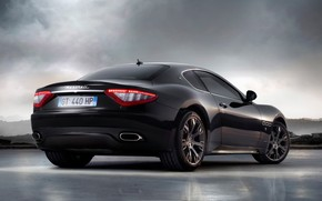 Maserati Gran Turismo 2010 S Black Rear Angle wallpaper