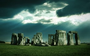 Manipulation Art Stonehenge