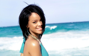 Happy Rihanna wallpaper
