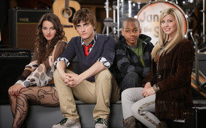 Landon Liboiron and Friends wallpaper