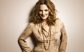 Drew Barrymore Smiling wallpaper