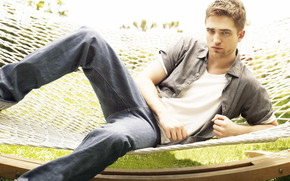 Robert Pattinson Relaxing wallpaper