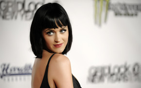 Katy Perry Gentle Smile wallpaper