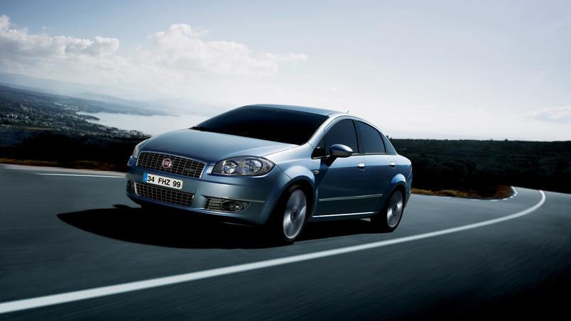 Fiat Linea 2009 Speed wallpaper