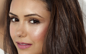 Nina Dobrev CloseUp wallpaper