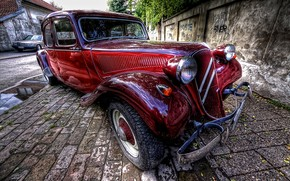 Amazing Old Car HDR wallpaper