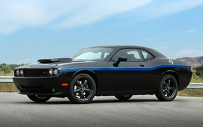 2010 Mopar Challenger wallpaper