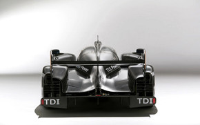 Audi R18 Rear wallpaper