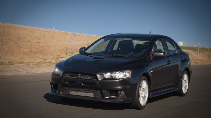 Mitsubishi Lancer Evolution 2010 wallpaper