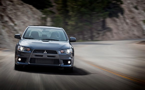 Mitsubishi Lancer Evolution MR Touring 2010 wallpaper