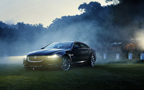 Jaguar XJ Supercharged wallpaper