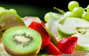 Only Fresh Fruits wallpaper