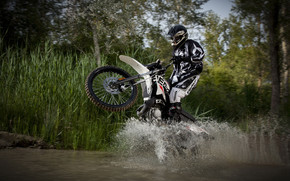 Motorcycle Obstacle Race wallpaper