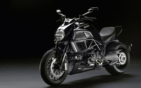 Ducati Diavel 2011 wallpaper
