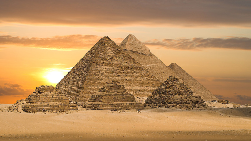 Pyramids of Egypt wallpaper