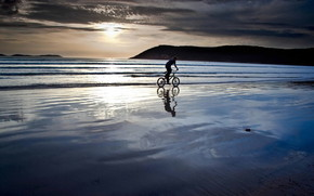 Biking on the Beach wallpaper