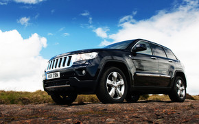 2011 Jeep Grand Cherokee wallpaper