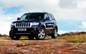 Jeep Grand Cherokee 2011 wallpaper