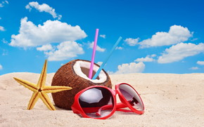 Colourful Summer Accessories wallpaper