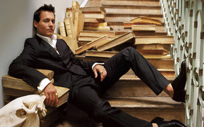 Johnny Depp Elegant wallpaper