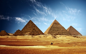 Lovely Egyptian Pyramids wallpaper