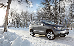 2012 Jeep Grand Cherokee wallpaper