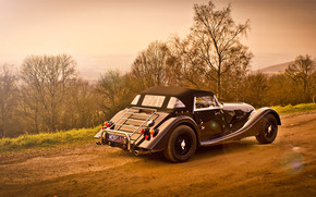 Vintage Morgan Roadster wallpaper