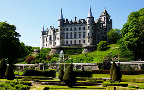 Dunrobin Castle wallpaper