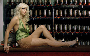 Anna Faris Relaxing wallpaper