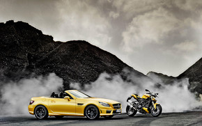 Mercedes SLK AMG and Ducati Streetfighter wallpaper