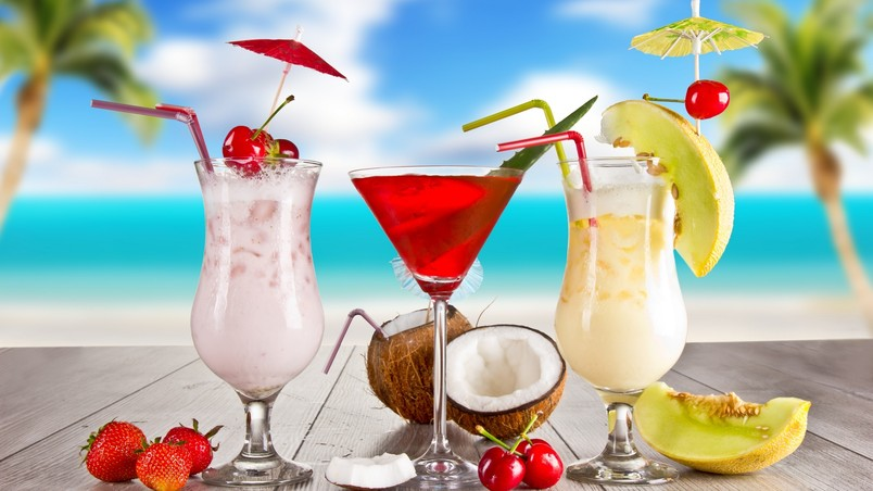 Exotic Summer Cocktails wallpaper