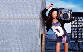 Cheryl Cole Party wallpaper