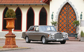Vath Mercedes Benz 300SEL wallpaper