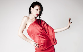 Juliette Lewis in Red wallpaper