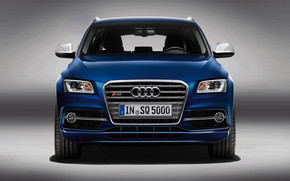 Blue Audi SQ5 TDI Front wallpaper