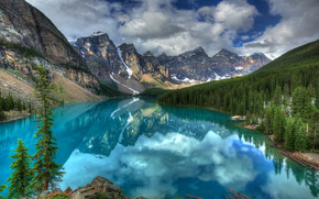 Stunning Mountain River wallpaper