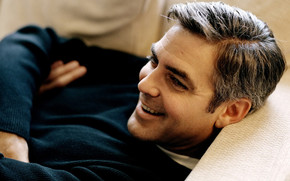 George Clooney Relaxing wallpaper