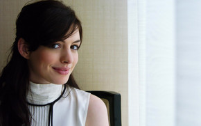 Anne Hathaway Cute wallpaper