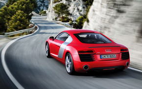 Gorgeous Red Audi R8 2013 wallpaper