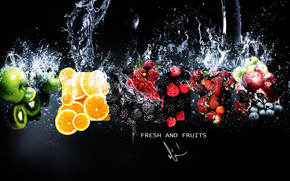 Fresh Fruits in Water wallpaper